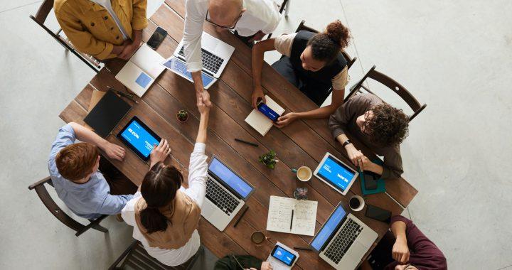 vergader software voor zaalreservering